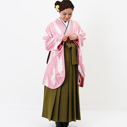 hataoriおすすめの卒業式袴レンタル ピンクの矢筈柄