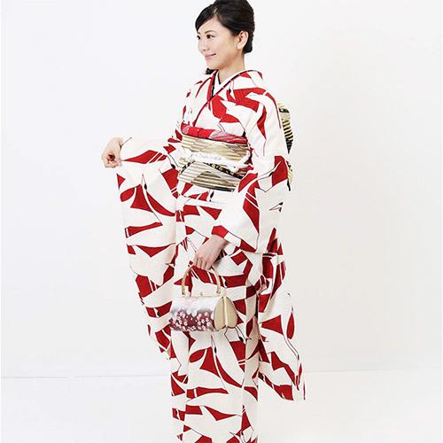4万円台の振袖レンタル 紅白のツル 正絹