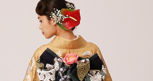 生花の髪飾り 振袖バックショット