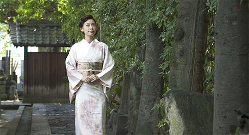 着物を着た阿久津ゆりえさん01