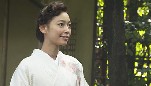 着物を着た阿久津ゆりえさん02