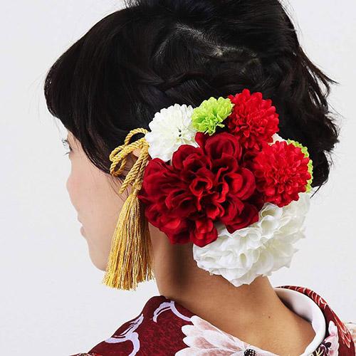 髪飾り | 赤と白のダリアに群生マム