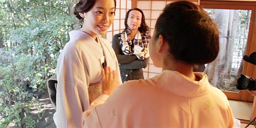 笑顔で話す阿久津ゆりえさんと小堀宗翔さん