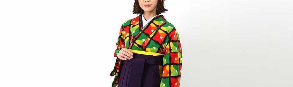 アンティーク調の銘仙着物を卒業式袴スタイルで