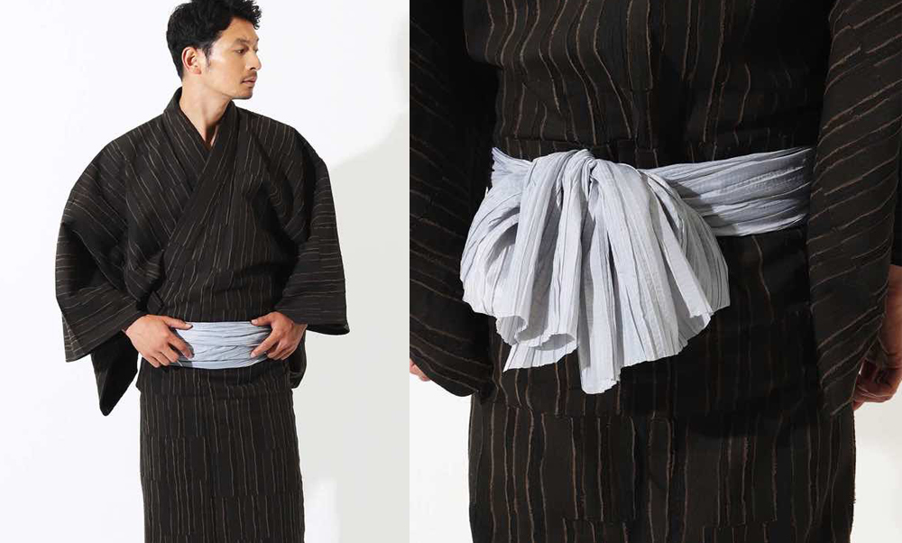おすすめ浴衣レンタル(男性用) | 縦段模様 焦げ茶_モデル着用_後・帯