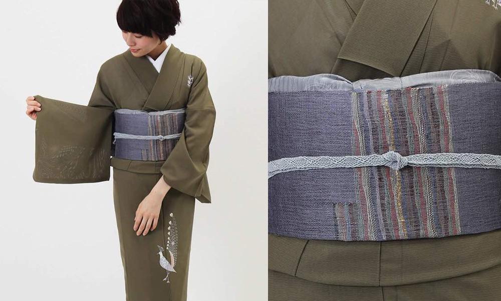 おすすめ夏着物レンタル・絽・正絹 利休色に孔雀_モデル着用_コーディネート