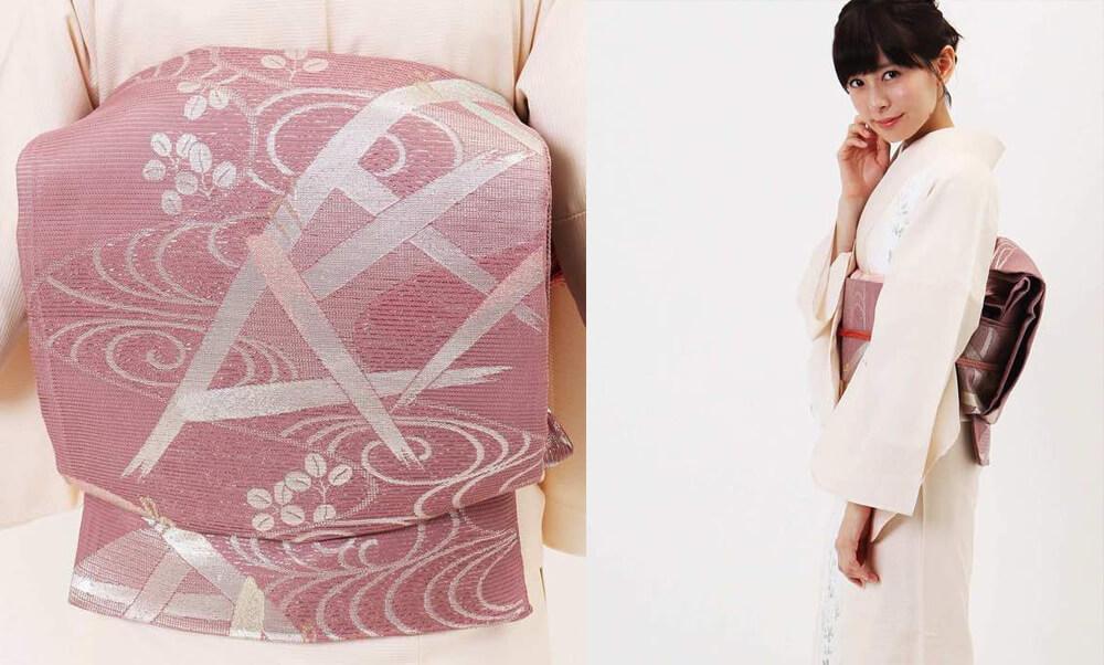 おすすめ夏着物レンタル | 絽 | クリーム色 萩_モデル着用と帯