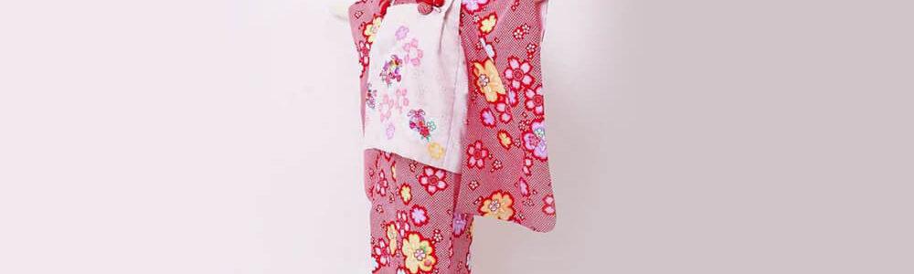 おすすめ七五三レンタル | 3歳 | 赤地に絞り風 桜の舞