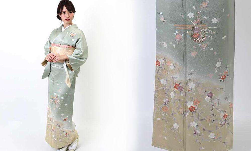 おすすめ訪問着レンタル | 正絹 薄い緑地に桜と花籠 亜麻色暈し_モデル着用と柄