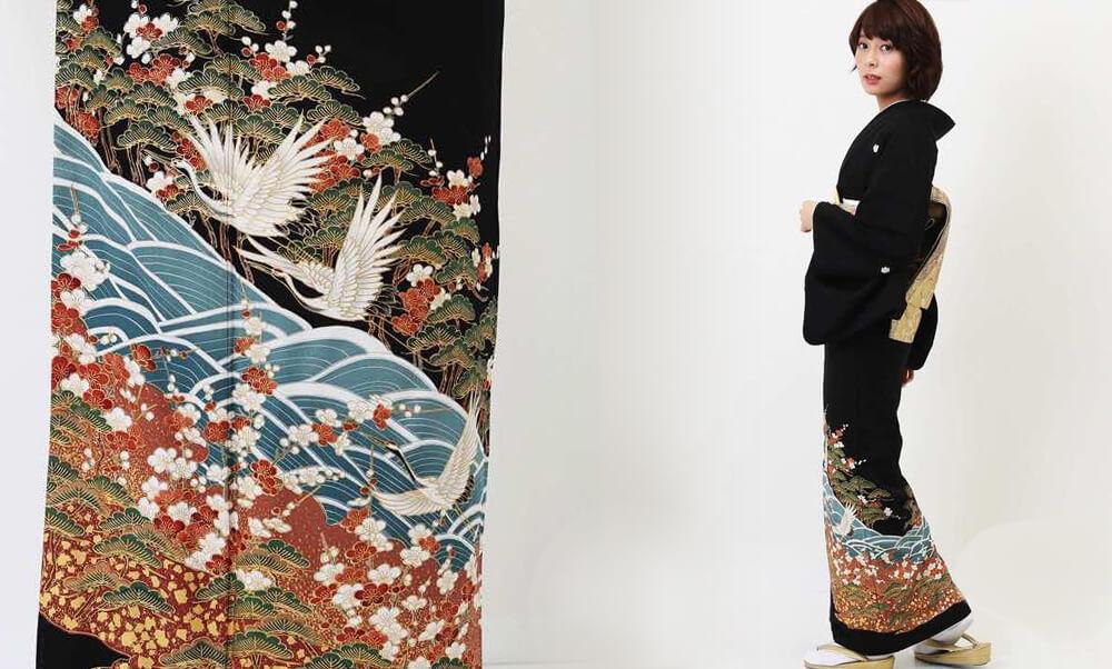 おすすめ留袖レンタル | 黒留袖 | 熨斗目文様に花と鶴_鶴と波