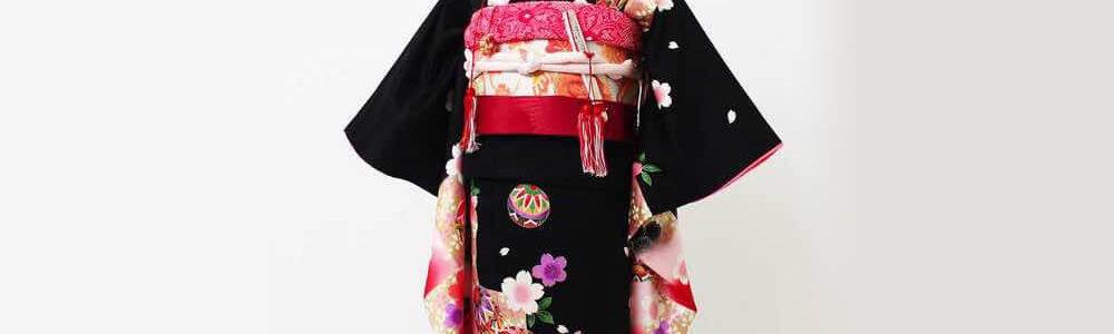 おすすめ七五三(七歳)レンタル | 正絹 黒、赤、ピンク地に鞠と市松