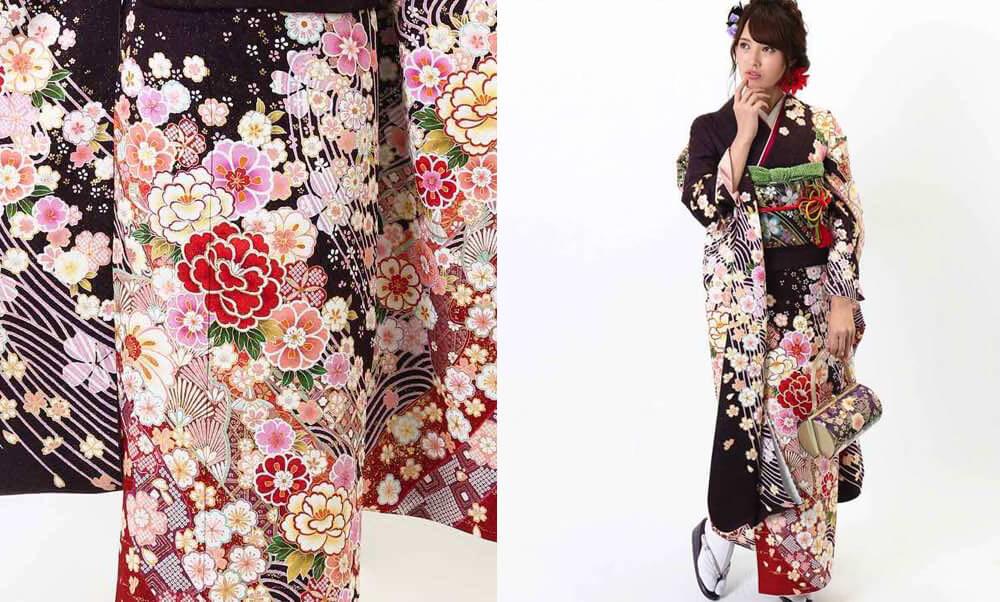 おすすめ振袖レンタル | 焦げ茶に金通し 牡丹と桜に波文様_可愛らしく華やかな花尽くし模様