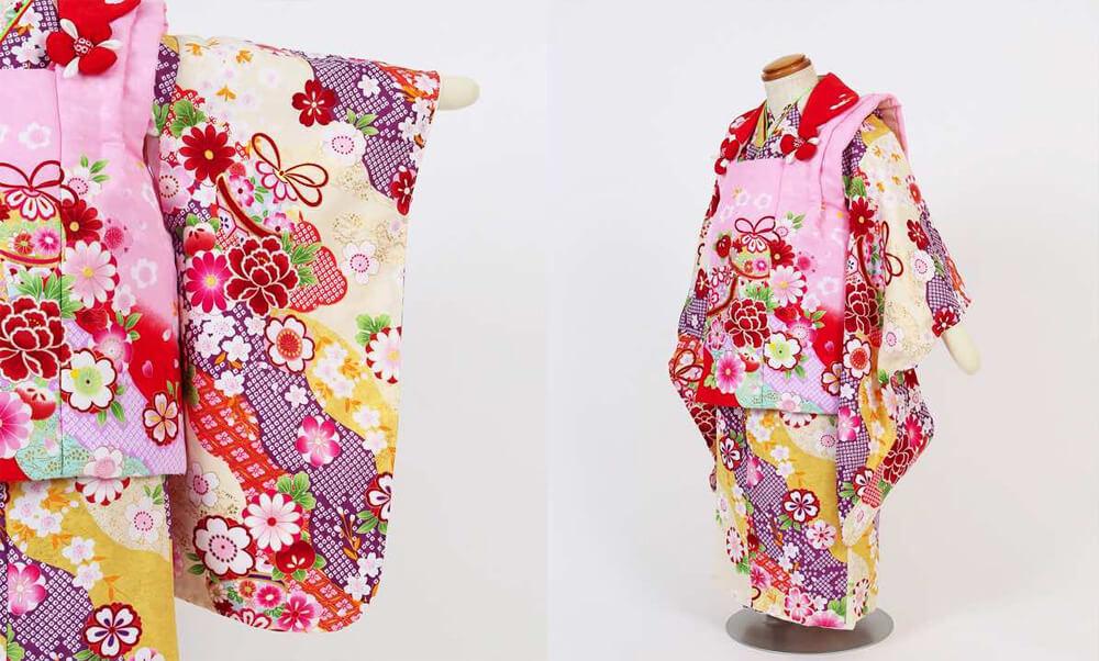 おすすめ七五三(三歳)レンタル | 鞠/花 絞り風黄色地 ピンク×赤被布_桜や梅、四季の花