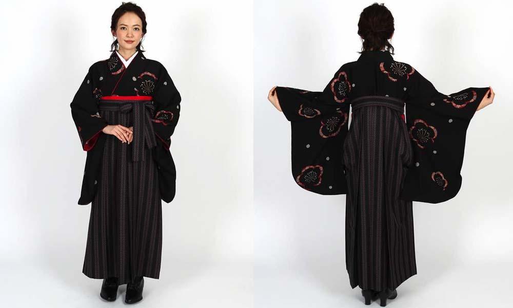おすすめ卒業式袴レンタル | 黒地に梅と花びら 双葉ストライプ黒袴 シックでかっこいい卒業式袴コーディネート