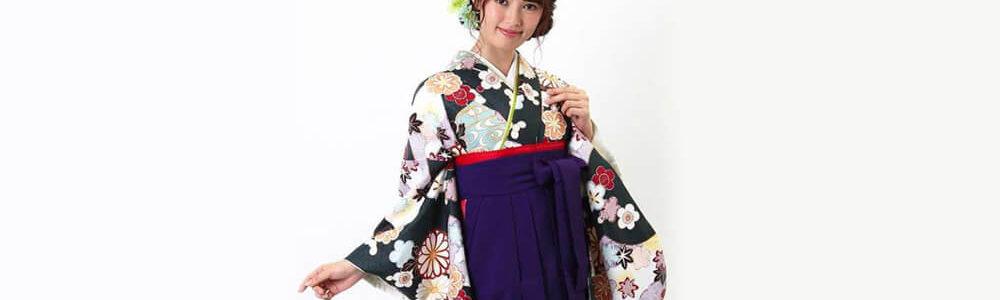おすすめ卒業式袴レンタル | 深緑地に菊 紫無地袴