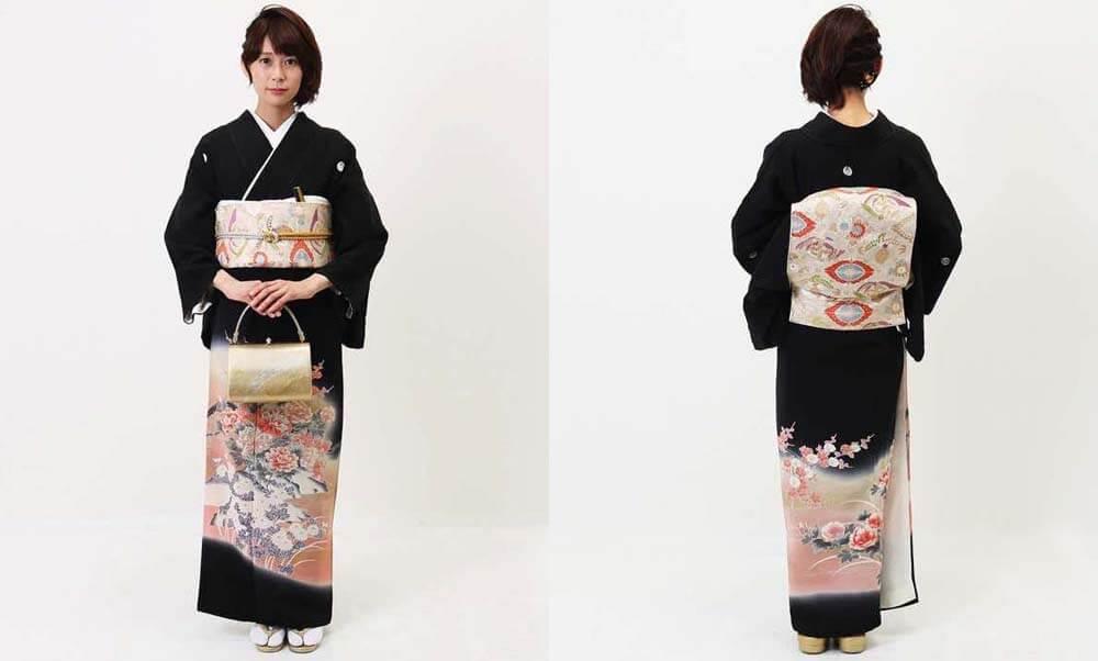 おすすめ黒留袖レンタル | ピンクの牡丹に菊・梅・流水 黒留袖は花柄でモダンナ雰囲気