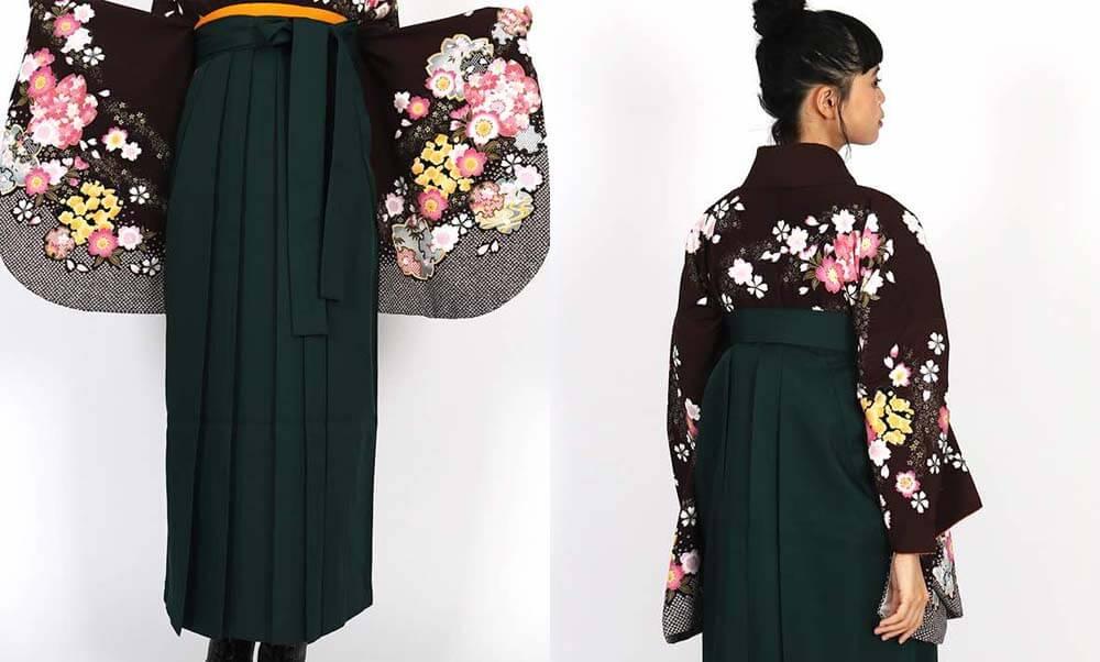おすすめ卒業式袴レンタル | 焦茶地に桜の花 濃緑袴 大人っぽいアースカラーの着物と袴でかっこよく可愛く卒業式をお迎えください